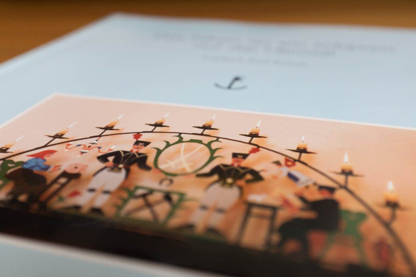 Buch über Friedrich Emil Krauß mit Schwibbogen Abbildung